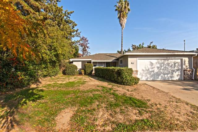 2338 W Simpson Avenue, Fresno, CA 93705 (#533301) :: Raymer Realty Group