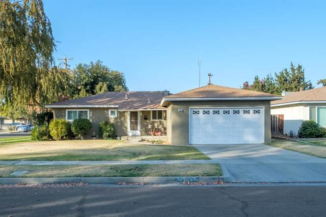 4303 E Donner Avenue, Fresno, CA 93726 (#533330) :: Twiss Realty