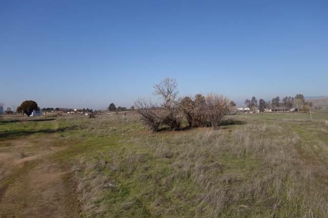 4425 N Zediker Avenue, Sanger, CA 93657 (#533361) :: FresYes Realty