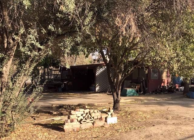 3196 E North Avenue, Fresno, CA 93725 (#533448) :: FresYes Realty