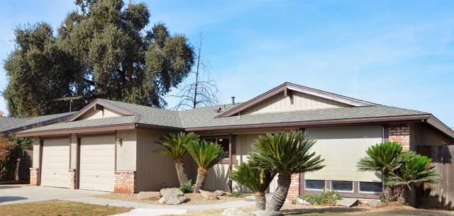624 E E Cypress Avenue, Reedley, CA 93654 (#533519) :: FresYes Realty