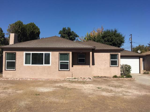 4873 E Illinois Avenue, Fresno, CA 93727 (#533577) :: Dehlan Group