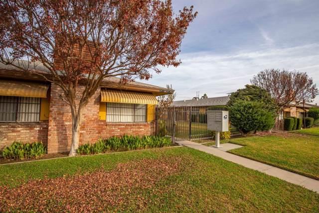 3413 E Clinton Avenue, Fresno, CA 93703 (#533626) :: Dehlan Group