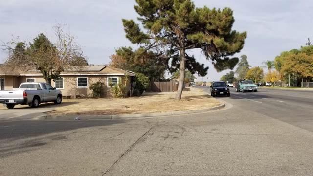 4593 E Garland Avenue, Fresno, CA 93726 (#533659) :: Raymer Realty Group