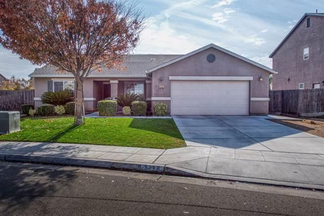 5767 W Robinson Avenue, Fresno, CA 93722 (#533664) :: FresYes Realty