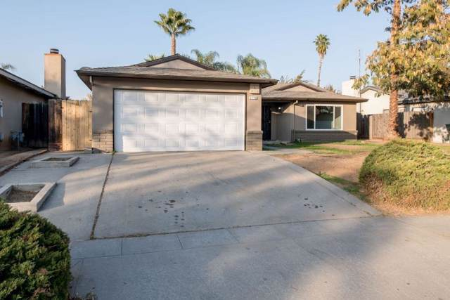 4726 W Holland Avenue, Fresno, CA 93722 (#533665) :: Raymer Realty Group