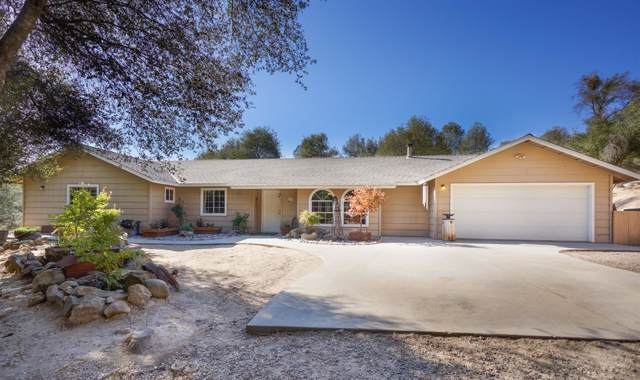 33448 Gold Dust Court S, Coarsegold, CA 93614 (#533703) :: FresYes Realty