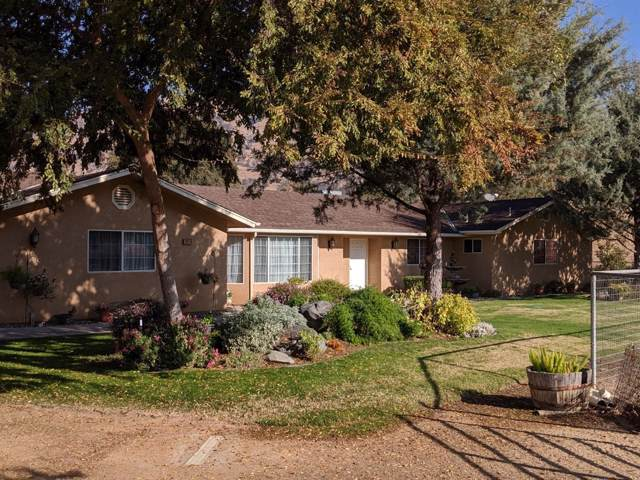 7016 Morain Drive, Sanger, CA 93657 (#533763) :: FresYes Realty