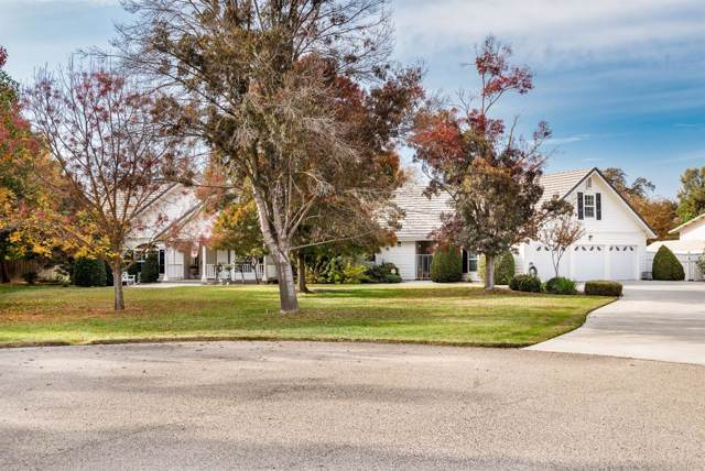 9080 Heritage Lane, Hanford, CA 93230 (#534032) :: Dehlan Group