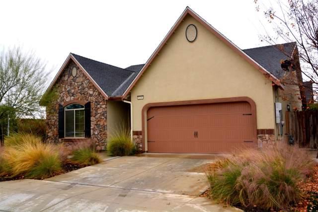 6248 E Pontiac Way, Fresno, CA 93727 (#534424) :: FresYes Realty