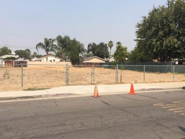 130 W Spruce Avenue, Fresno, CA 93650 (#534623) :: FresYes Realty