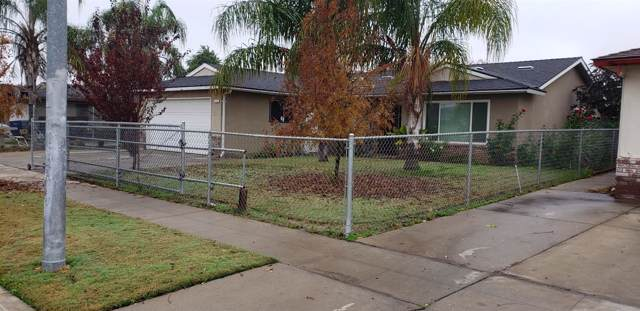 2342 S Meridian Avenue, Fresno, CA 93725 (#534642) :: FresYes Realty