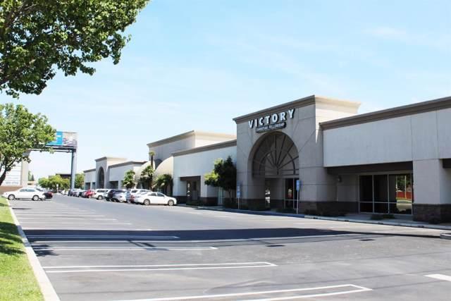4910 E Ashlan Avenue, Fresno, CA 93726 (#534714) :: FresYes Realty