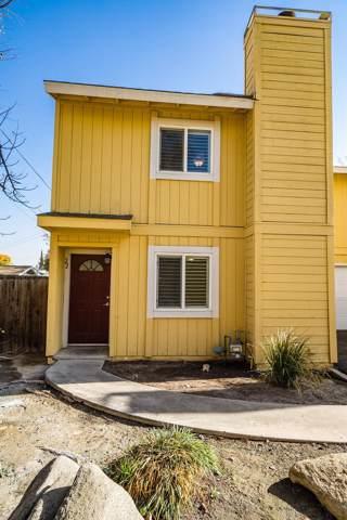 232 N Lemoore Avenue, Lemoore, CA 93245 (#535194) :: FresYes Realty