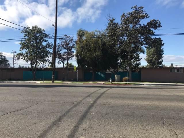 2833 N West Avenue, Fresno, CA 93705 (#536063) :: FresYes Realty