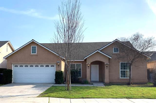 2620 N Knoll Avenue, Fresno, CA 93722 (#536199) :: FresYes Realty
