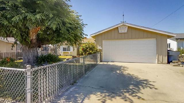 505 Rall Avenue, Clovis, CA 93612 (#536223) :: FresYes Realty