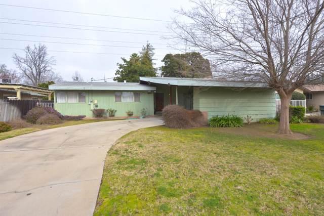 2847 E Fedora Avenue, Fresno, CA 93726 (#536282) :: Twiss Realty