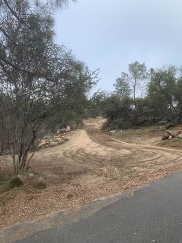 0 2.5 Acre, Person Loop North Drive, Coarsegold, CA 93614 (#536308) :: FresYes Realty