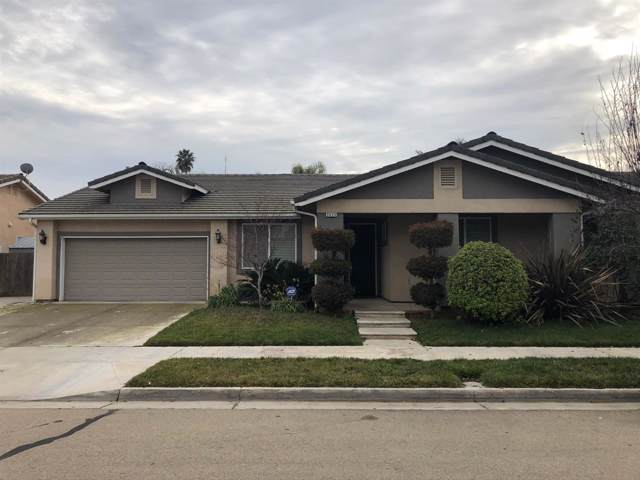 2423 E Early Avenue, Reedley, CA 93654 (#536324) :: FresYes Realty