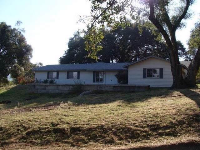 43920 Glenn Baker Road, Ahwahnee, CA 93601 (#536366) :: FresYes Realty