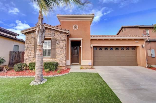 2438 E Oakmont Avenue, Fresno, CA 93730 (#536406) :: FresYes Realty