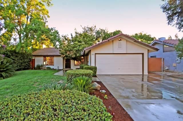 6081 N Lola Avenue, Fresno, CA 93710 (#536431) :: Twiss Realty