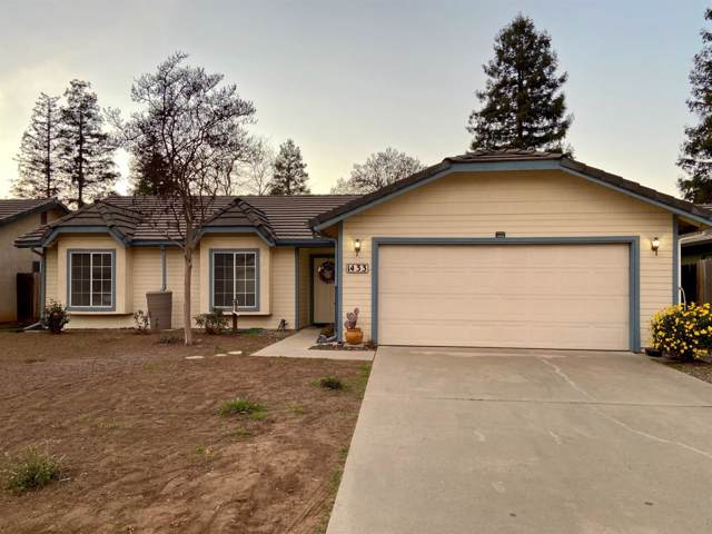 1433 Concord Avenue, Reedley, CA 93654 (#536545) :: Twiss Realty