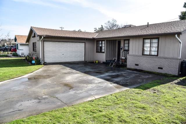 3310 E Hampton Way, Fresno, CA 93726 (#536607) :: FresYes Realty