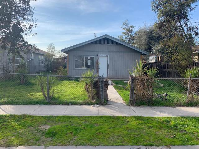 2678 S 9Th Street, Fresno, CA 93725 (#536726) :: Your Fresno Realty | RE/MAX Gold