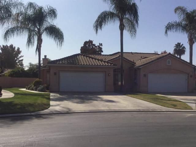 153 Twins Court, Reedley, CA 93654 (#536748) :: Twiss Realty