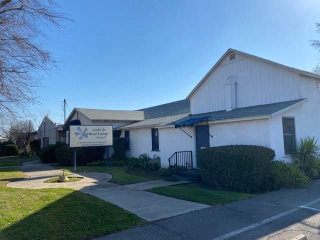 723 W Clinton Avenue, Fresno, CA 93705 (#536787) :: Dehlan Group