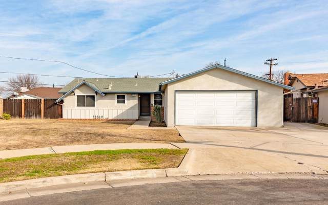 3619 E Holland Avenue, Fresno, CA 93726 (#536842) :: FresYes Realty