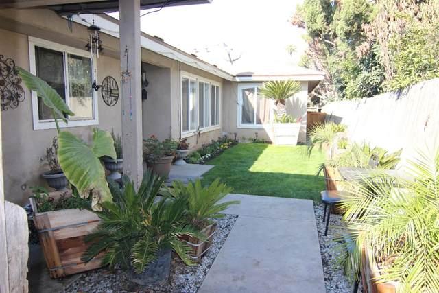 2408 W Carmen Avenue, Fresno, CA 93728 (#537214) :: Your Fresno Realty | RE/MAX Gold