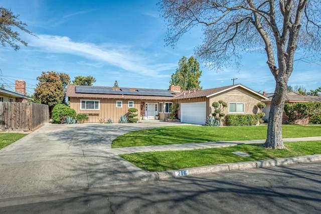 216 W Cortland Avenue, Fresno, CA 90705 (#537242) :: Twiss Realty