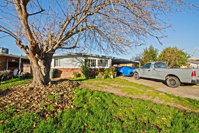 213 K Street Street, Sanger, CA 93657 (#537352) :: FresYes Realty