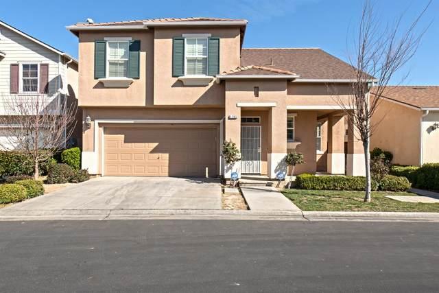 3782 W Persimmon Lane, Fresno, CA 93711 (#537400) :: Your Fresno Realty | RE/MAX Gold