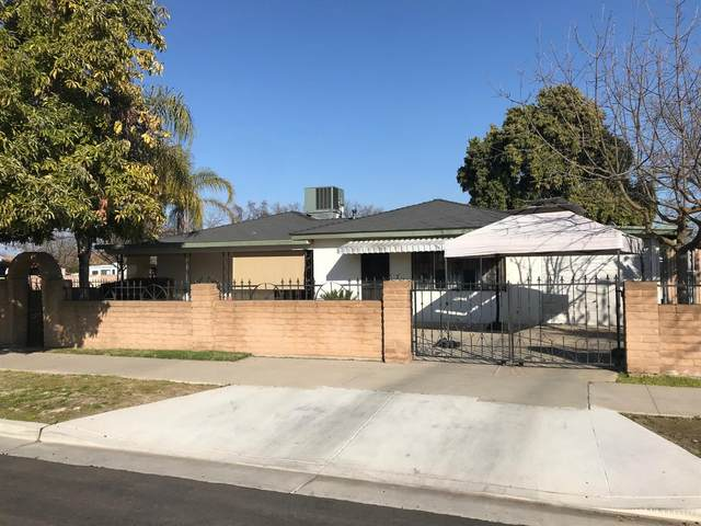 851 7Th Street, Sanger, CA 93657 (#537426) :: Raymer Realty Group
