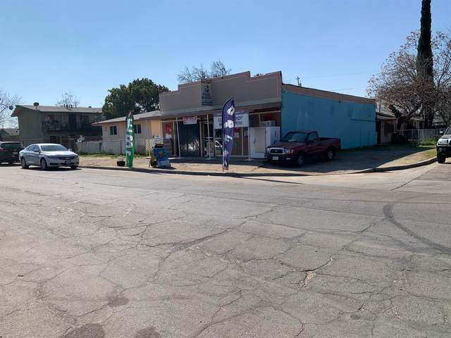 2435 S S 9th St Street, Fresno, CA 93725 (#537528) :: Your Fresno Realty | RE/MAX Gold