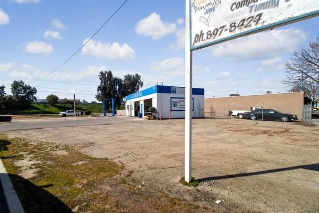 1401 Simpson Street, Kingsburg, CA 93631 (#537550) :: FresYes Realty