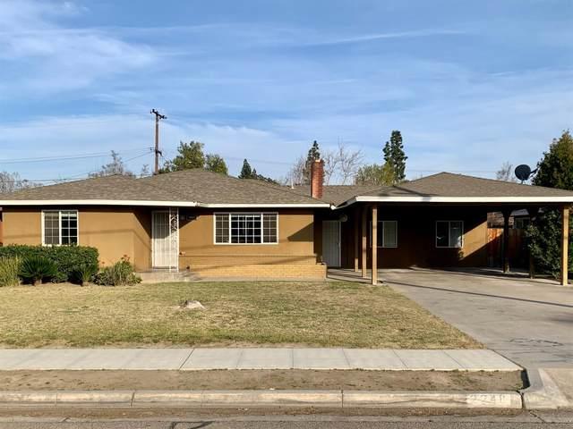 2248 N Maple Avenue, Fresno, CA 93703 (#537578) :: FresYes Realty