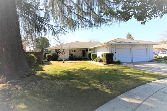 551 W Fedora Avenue, Fresno, CA 93705 (#537611) :: Twiss Realty
