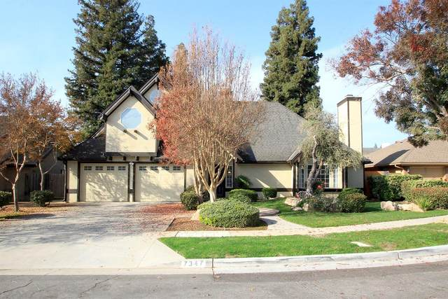 7347 N Pacific Avenue, Fresno, CA 93711 (#537668) :: Raymer Realty Group