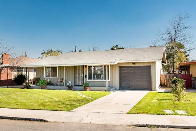 2146 Norris Drive W, Fresno, CA 93703 (#537713) :: FresYes Realty