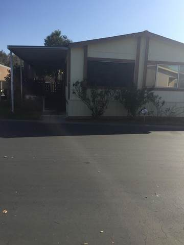 366 E Alluvial Avenue #13, Fresno, CA 93720 (#537791) :: Raymer Realty Group