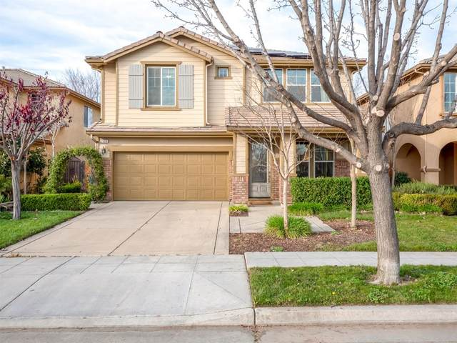 7468 E Dayton Avenue, Fresno, CA 93737 (#537816) :: Raymer Realty Group