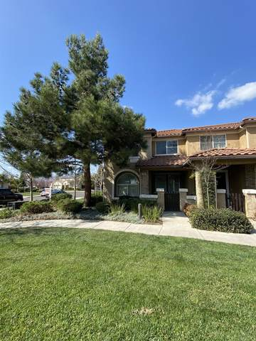 1128 W Walter Avenue #66, Fowler, CA 93625 (#537826) :: Raymer Realty Group