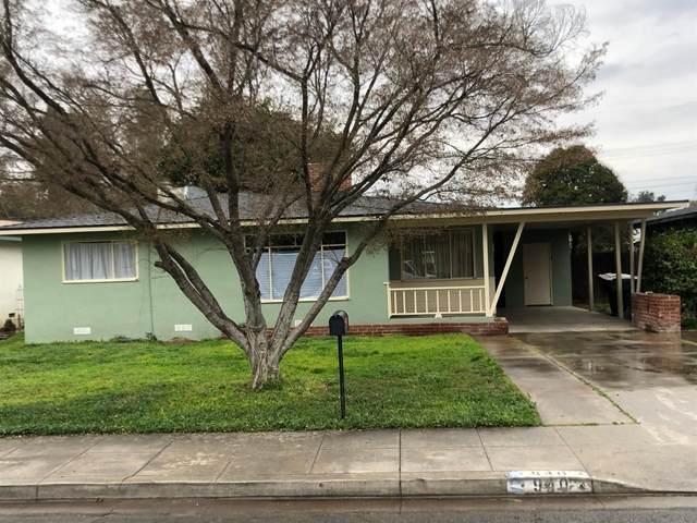 940 E Academy Avenue, Tulare, CA 93274 (#537832) :: Dehlan Group