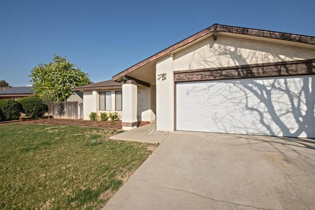 2486 4Th Street, Sanger, CA 93657 (#537851) :: Raymer Realty Group