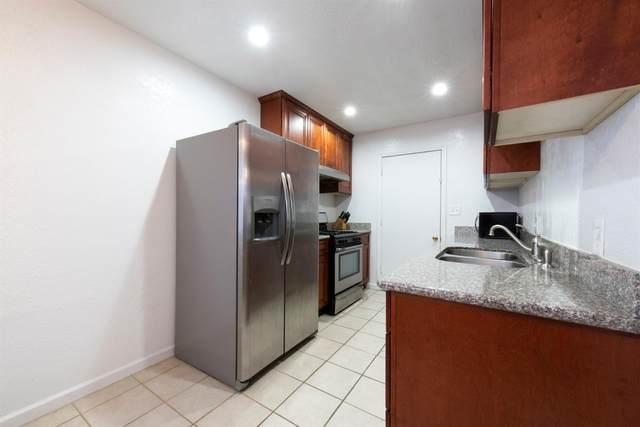 5982 E Dayton Avenue, Fresno, CA 93727 (#537861) :: Raymer Realty Group